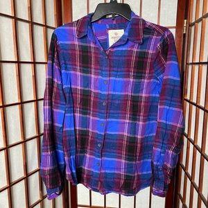 Blue purple magenta plaid flannel button down top